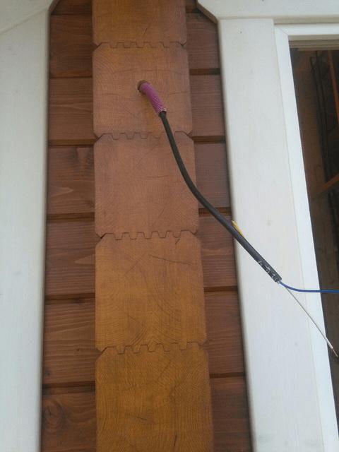 Вывод кабеля через торец клееного бруса