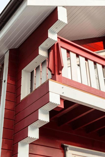 Дом попроекту СП-4. Качественная краска исоблюдение технологии— гарантия многолетней привлекательности дома